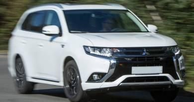 Mitsubishi Outlander PHEV por 35.370 euros con Movea y descuento. Mitsubishi Outlander PHEV líder de los VE en España. El vehículo eléctrico más vendido en España. Todo terreno eléctrico
