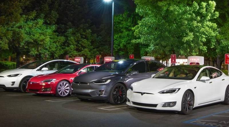 Los Tesla Model S y Model X mantendrán el acceso gratuito a Superchargers. Tesla Motors y su estrategia con los minerales de la guerra. Detalles del Programa de Créditos de Supercharger Tesla. En España 0.24€/kWh. Todos los detalles del nuevo Programa de Creditos de Supercharger Tesla