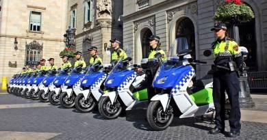 Treinta nuevos BMW C Evolution para la Guardia Urbana de Barcelona