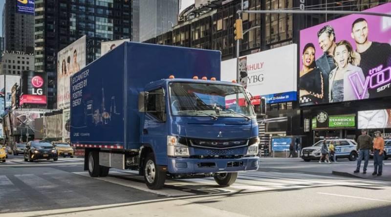 """FUSO eCanter, el primer camión eléctrico de """"producción en serie"""""""
