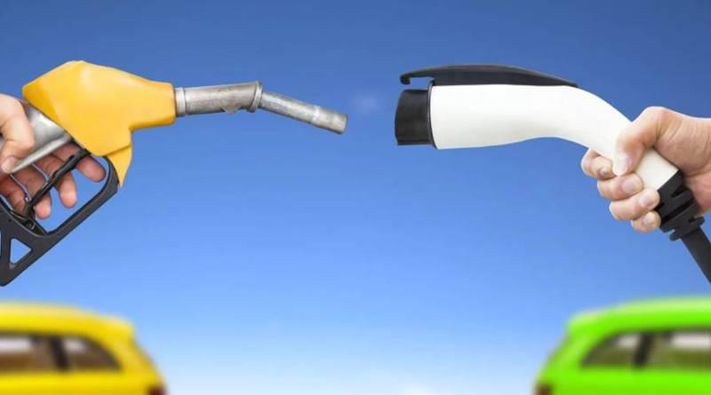 ¿En que ahorra un coche eléctrico? Comparativa eléctrico VS combustión