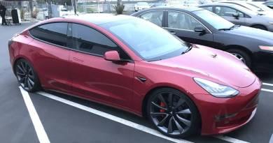 Detalles del Tesla Model 3 Dual Motor y versión Performance