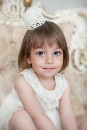 Портрет ребенка в студии