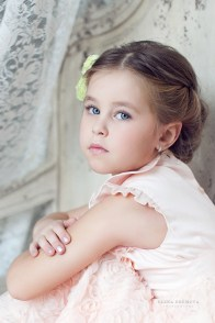 Студийный детский портрет