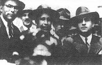Manuel Mora, Monseñor Victor Manuel Sanabria, Luis Demetrio Tinoco, Teodoro Picado Michalski y el Dr. Rafael Angel Calderón Guardia, celebran la promulgación del Código de Trabajo. 15 de setiembre de 1943