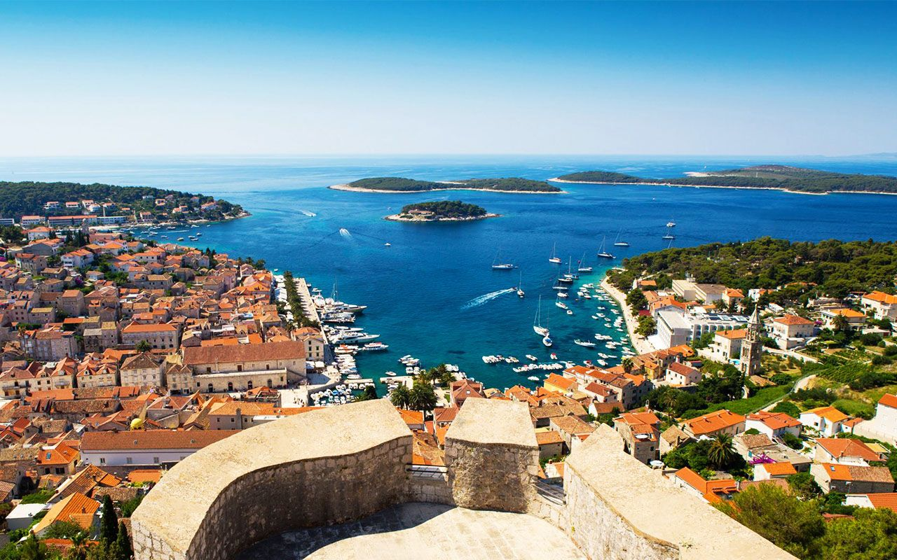 Beautiful-view-of-old-harbor-in-Hvar-townCroatia-Wallpaper-Hd-1920x1080-compressor