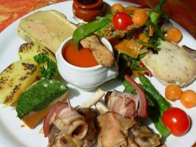 Utazás lakóautóval Narbonne - L'Assiette du Pays, sok-sok finomság