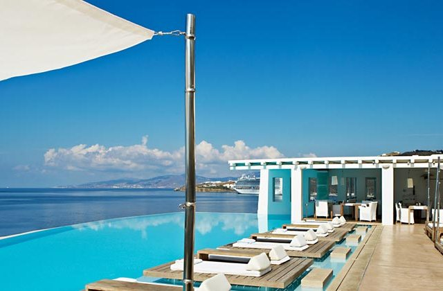 The Complete Mykonos Guide 2015