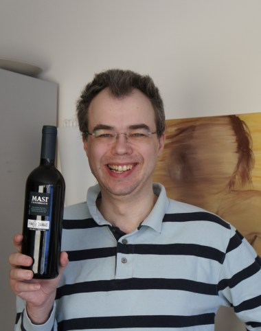 David modelling the madness-reducing wine Passo Doble by Masi Tupungato
