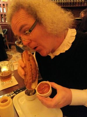 Non-Stinky Jeff with high-grade hotdog