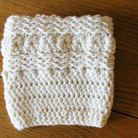 Free Waves and Seashells Boot Cuff Pattern