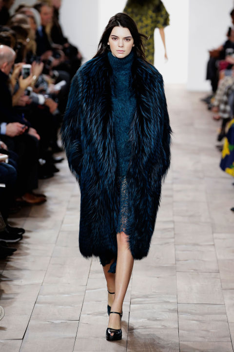 KENDALL JENNER AT MICHAEL KORS FALL 2015
