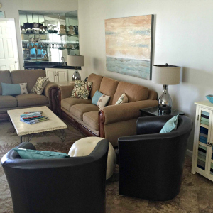 Destin vacation condo rental living room view