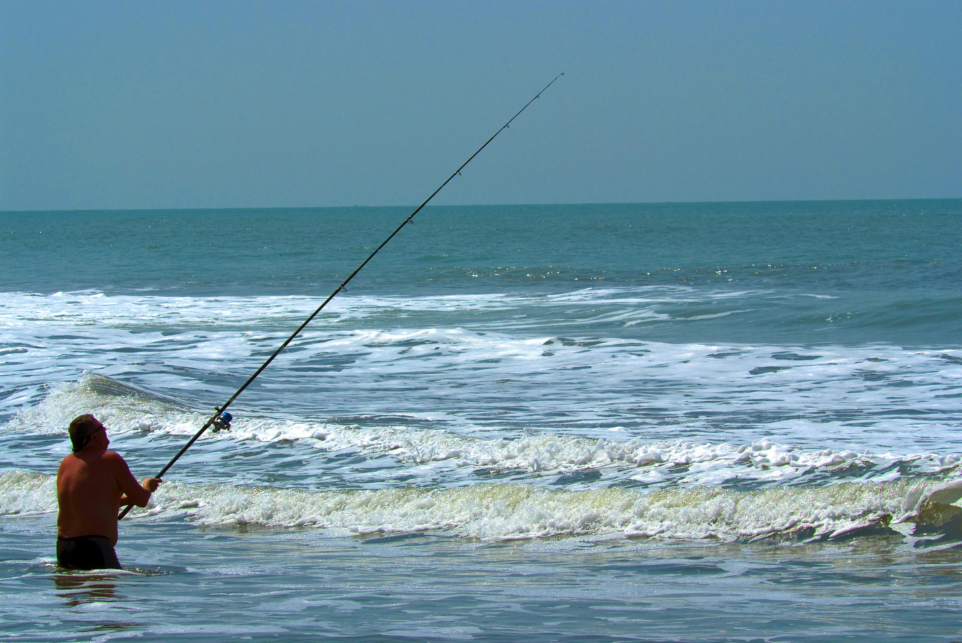 man_fishing_001