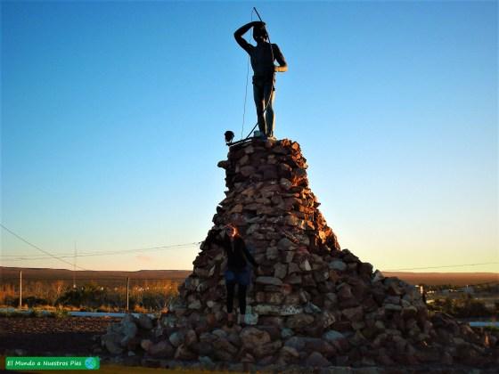 Monumento Indio Tehuelche
