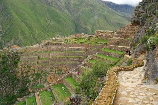Terrazas de las ruinas de Ollantaytambo