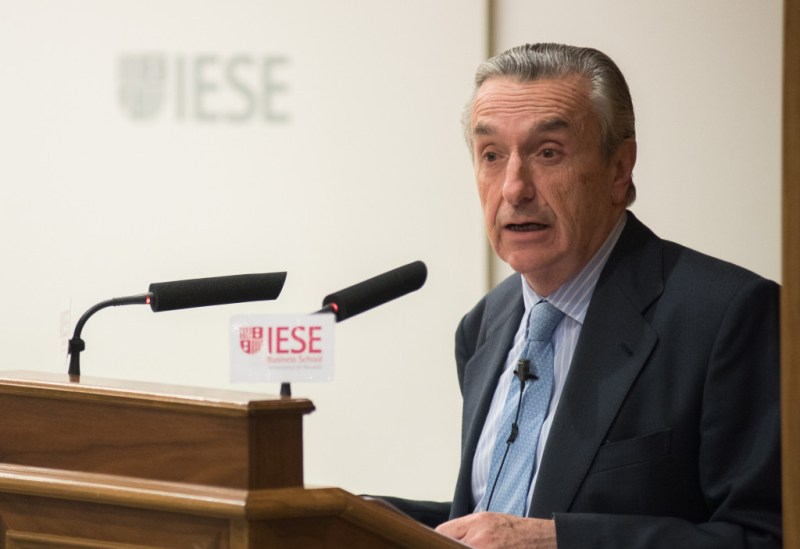 José María Marín Quemada, presidente de la CNMC, durante su intervención en el IESE. FOTO: IESE.