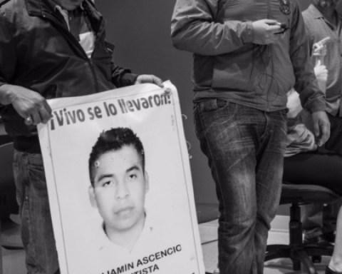 picture of Ayotzinapa teacher