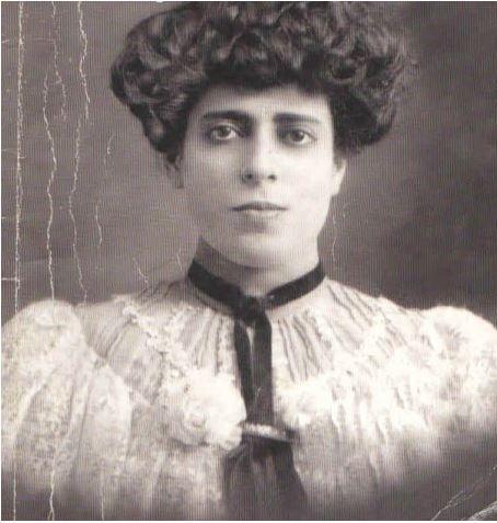 María_Enriqueta_Camarillo