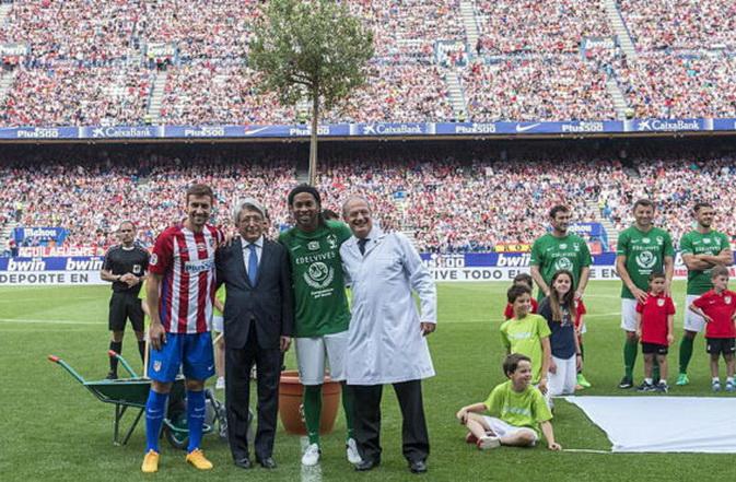 Cderezo y Ronaldinho1