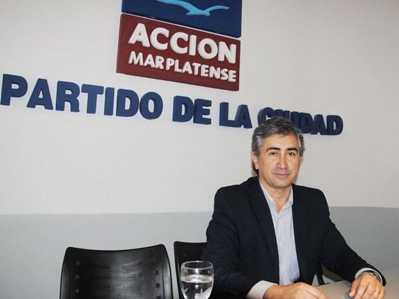 Fernandez AM