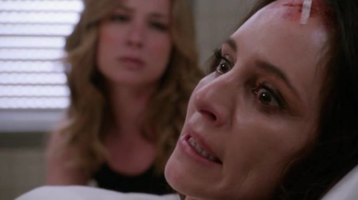 Crítica de Revenge: Emily interna a Victoria en un psiquiátrico en un final que podría haber sido perfecto como final de la serie.