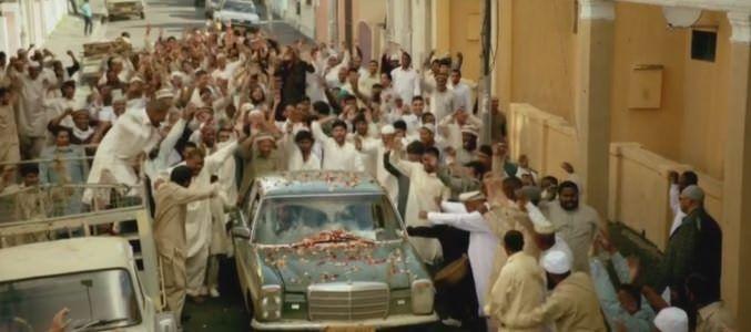 Homeland 4x07 - Haqqani llegando a su pueblo para reencontrase con su familia