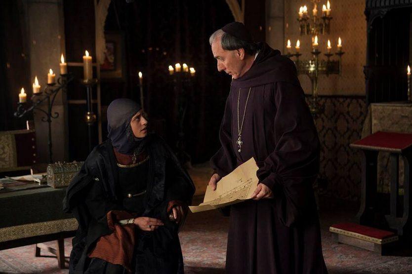 Isabel 3x12 - Isabel con el Cardenal Cisneros