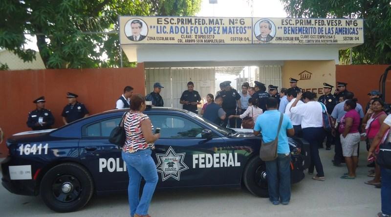 En Guerrero las escuelastrabajan al 100%: Astudillo