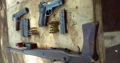 BOM decomisa armas y droga