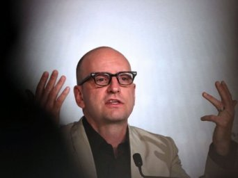 "Soderbergh se despide del cine con un filme ""demasiado gay"" para Hollywood"