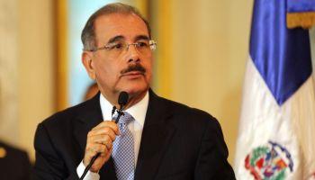 Presidente Medina parece dispuesto enfrentar red mafiosa. Se reúne con el director de OISOE en medio de denuncias