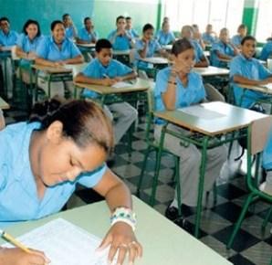 ministerio-de-educacion-opuesto-a-eliminacion-de-las-pruebas-nacionales.jpg