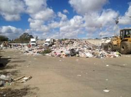 Falta de licencia municipal no es causa de clausura de basurero: Del Toro Pérez