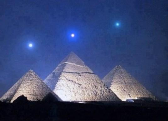 pyramid-stars