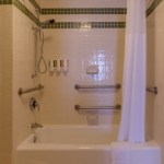Tub-shower in room 206