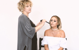 Video: How To Contour In Four Easy Steps