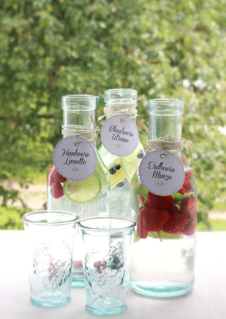 {Rezept} Mein Lieblings-Durstlöscher zum Selbermachen: Vitamin-Wasser + Freebie