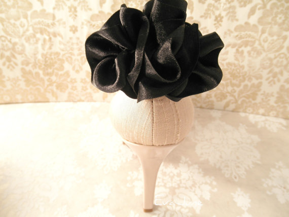 black shoe clips with ruffles