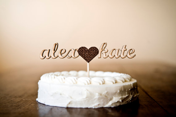 wooden cake topper with burlap heart