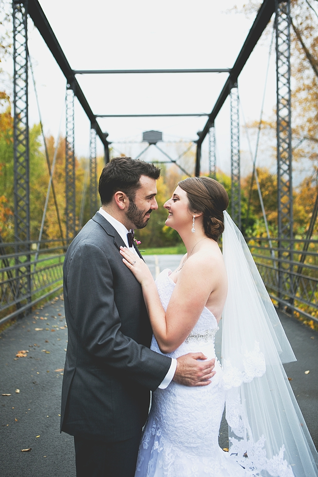 Fall wedding in Ohio