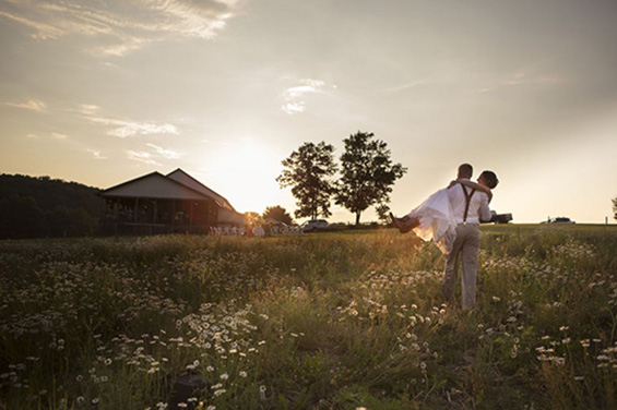 Third Line Studios - rockwood hayloft wedding