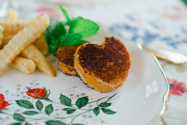 heart shaped cheese sandwich  | Photo: White Ivory Photography | via http://emmalinebride.com/real-weddings/hipster-engagement-session-what-does-one-look-like/