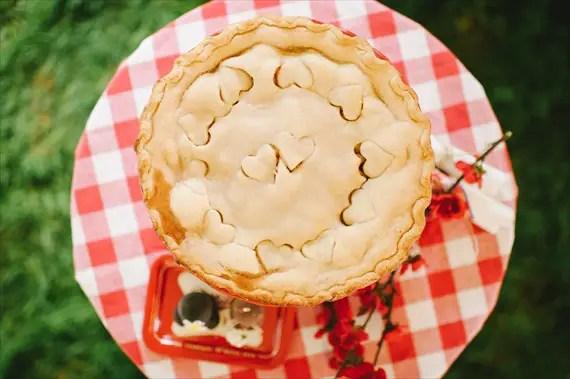 americana-wedding-pie (photo: michelle gardella)