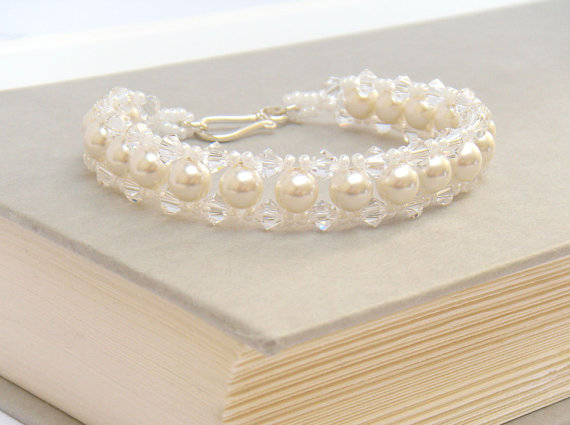 Pearl Bridal Bracelet (by Merry Alchemy Bridal)