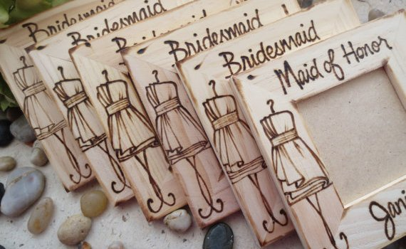 bridesmaid-photo-frames