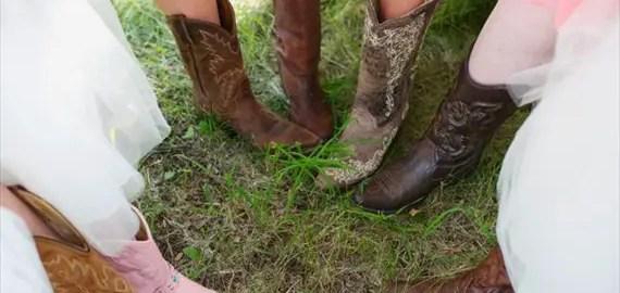 bridesmaids-cowboy-boots-circle