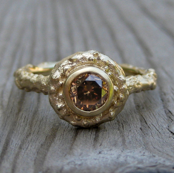 chocolate diamond engagement ring (via 7 Alternative Engagement Ring Ideas)