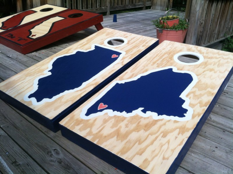 custom cornhole game | via Beer Tasting Couples Shower http://emmalinebride.com/shower/beer-tasting-couples-shower/