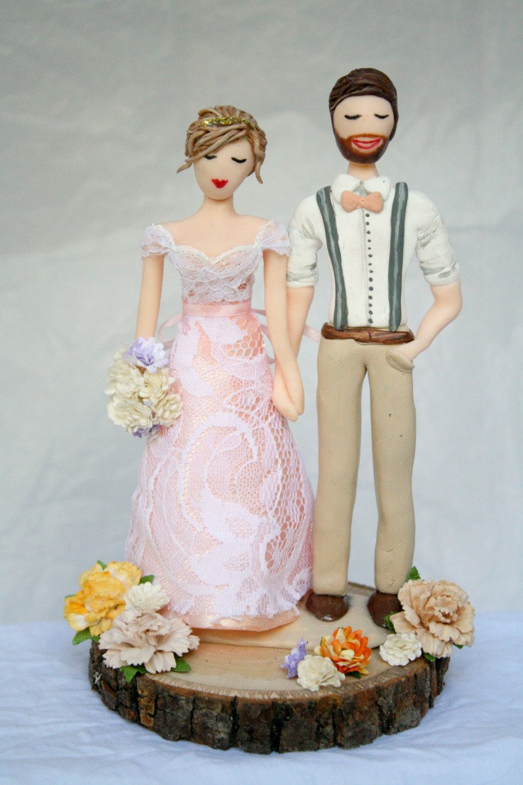 cute rustic cake topper by crimson muse | etsy boho weddings | http://emmalinebride.com/bohemian/etsy-boho-weddings/